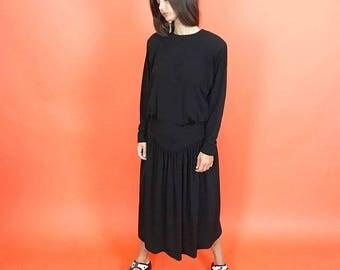 Black drapey yoke waist midi dress S