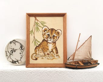 Vintage Retro 1970s Felt Cheetah Cub Picture - Vintage childrens room decor baby nursery - kids frame lion #0213