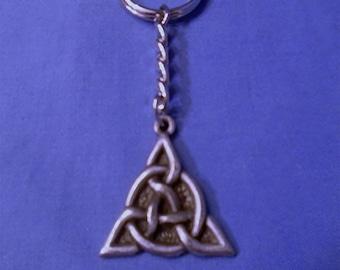 Handmade Pewter Keyring  *Triquetra *  Full of wonderful detail.   Holds lots of Keys.