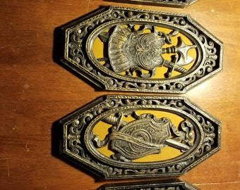 4 Vintage Homco Wall Plaques, 1968, Medieval, Spanish, Gothic, Hollywood Regency wall hangings