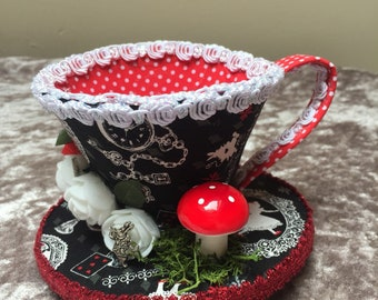 Alice in Wonderland Teacup Fascinator