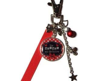 """Keychain - nanny/BABYSITTER """"Nanny tearing"""" gift bag charm"""