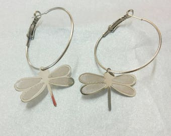 featuring a Dragonfly filigree hoop