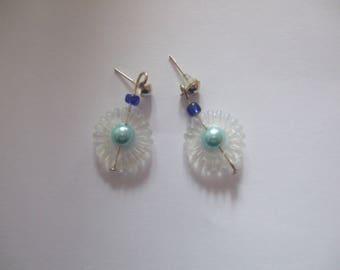 daisies and blue bow Pearl Stud aluminum shape earrings