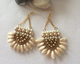 chic earrings with gold and cream beads