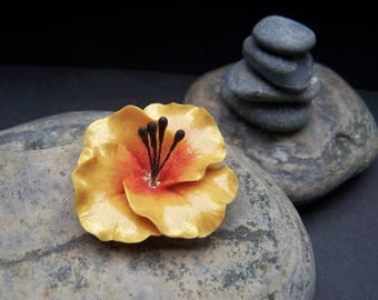 Ombre yellow flower with bright orange, cold porcelain
