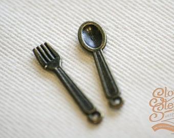 20 Pieces (10 Sets) Antique Bronze Spoon & Fork Charms