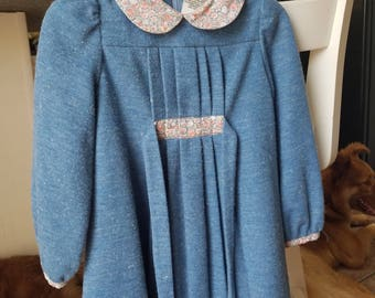Fall-Winter dress for a three years old