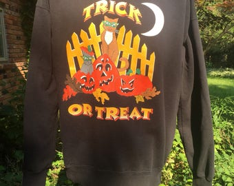 90s Trick or Treat graphic sweatshirt by Nutmeg Mills szXL black Made in USA Halloween cats pumpkins normcore festive like new