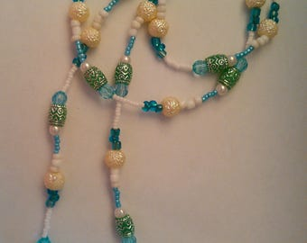 Patterned Iridescent Blue and White Bead Necklace