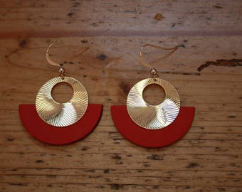 CLEO earrings, gold plated and red leather