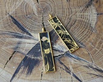 Japanese geisha motive pendant