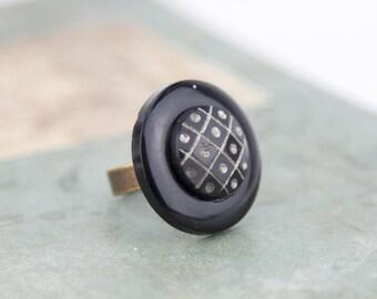Vintage - genuine vintage buttons #1293 ring