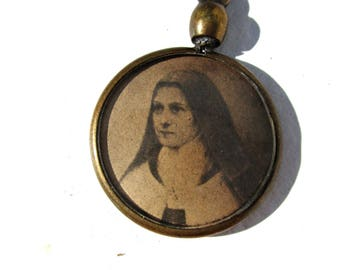 Antique French St Theresa LIsieux Celluloid Reversible Pendant,Vintage Religious St Therese Little Flower Celluloid Reversible Charm