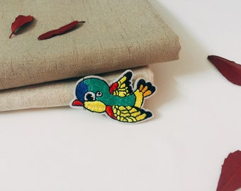 cute bird patch-cartoon patch-iron on patch -embroidered patch-patch for jacket -diy -applique-lovely