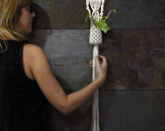Macrame flower pot, handmade wall hanger, bohemian wall plant hanger, small macramé flowerpot, natural style, mini macramé, boho style gift