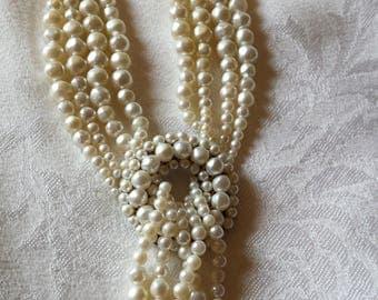 Vintage 1950's Faux Pearl Necklace