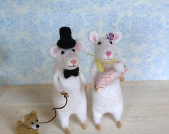 Felted mouse New Mom and baby mouse cute Baby Shower Gift Needle felting toys Needle Felted mice Needle Felt Animals Cute Felt Mouse Mice