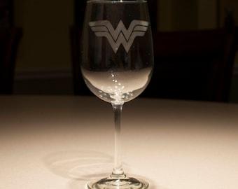 Wonder Woman DC Comics Etched Wine Glass