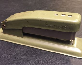 Vintage Swingline Cub stapler