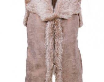 Handmade Sleeveless vest Jacket made with Sheepskin Leather Fur shearling beige coat Women fur vest Sleeveless winter jacket Hoodie gift