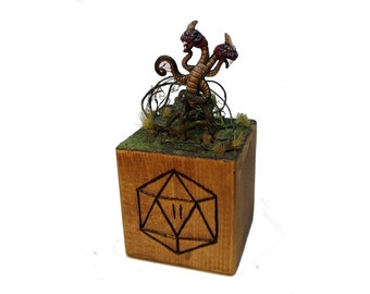 Miniature Demogorgone stranger things Dungeon and Dragons Sculpture, Upside Down, Gift ideas, Horror, Valentines Day