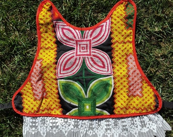 Istmeña Dog Vest in large