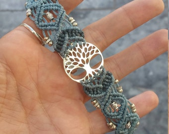 Tree of life, handmade macramé bracelet, blue & silver