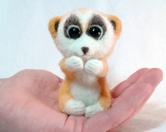 Cute lemur, Needle felted animal, toys of wool, miniature animal, Home decor, natural toy, funny lemur, Sculpture, Gift