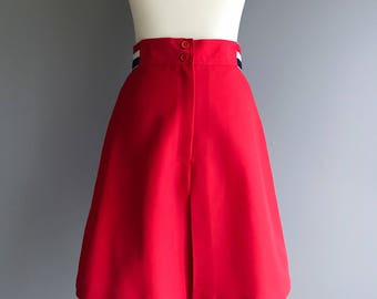 70s • Sears • Red High Waisted Short Skort