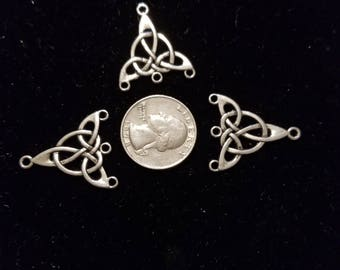 Tibetan Silver Charm Holder 6 Pieces for charms/earrings/necklaces/ hairbow/scrapbooking /crafts, etc.