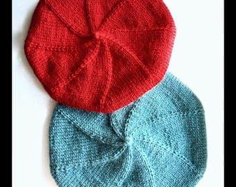 Blue beret , beretta , wool beret