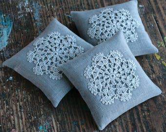 Lavender sachet -- crochet motif