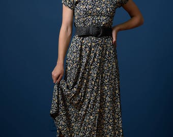 Vintage Ditzy Print Black Maxi Dress (Size Small)