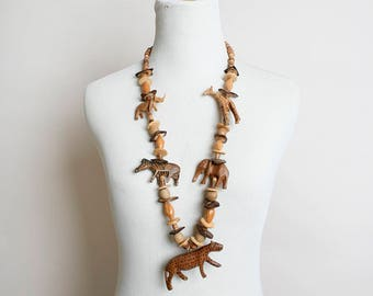 Vintage Wood Carved Safari Animal Necklace - Bohemian Boho Wooden Jungle Leopard Giraffe Elephant Zoo - African
