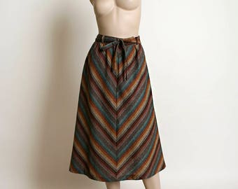 Vintage 1970s Skirt - Rainbow Chevron Striped Wool Skirt in Warm Autumn Tones - Brown Blue Rust Red - Waist Bow Tie - Medium