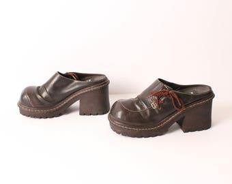 size 8 CHUNKY vegan leather 90s PLATFORM MULES lace up clogs