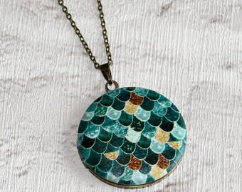 Geometric Locket Necklace, Scales Necklace, Geometry Jewelry