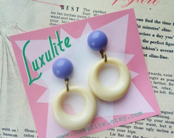 Sassy n simple! Sweater girl drop hoop earrings in lilac and cream handmade 50s style by Luxulite