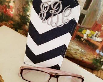 Monogram Blue Chevron Sunglass Case | Glass Sleeve | Monogrammed Cases for Oversized glasses | Chevron glasses case | Linen Sunglass sleeves