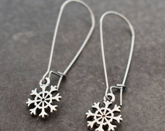 Snowflake Earrings, Tiny Snowflakes, Winter Earrings, Snowflake Jewelry, Holiday Earrings, Snow Earrings, Winter Lover Gift