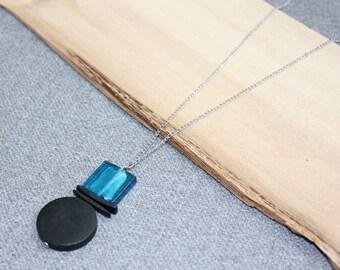 collier long, chaine acier inoxydable, bleu, noir, bois coco, blue, black, inutchuk, chaine, verre soufflé, nature, hippie, bohème