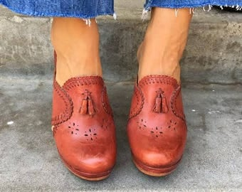 Vintage Leather and Wood Clogs size 9