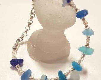 SEA GLASS BRACELET - In shades of blue