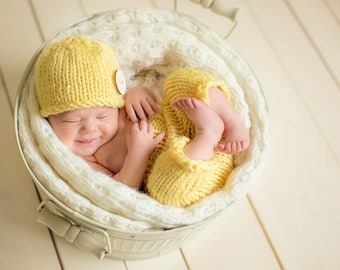 Newborn Hat Pattern, Newborn Photo Prop Pattern, Knitting Pattern Newborn Pants Pattern, Knit Newborn Hat Pattern, Knit Baby Hat Pattern