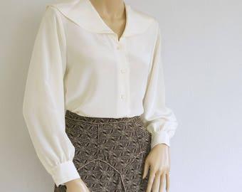 1980's Vintage Beige Blouse Secretary Silky Top Preppy Long Sleeve Size Petite 8