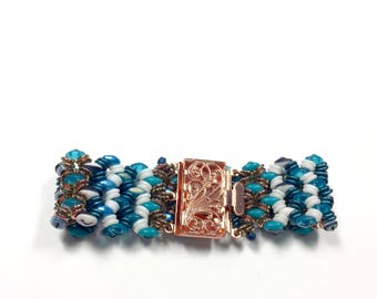 Beach Blues Woven Bracelet,  Woven Boho Bracelet, Handcrafted Glass Bracelet