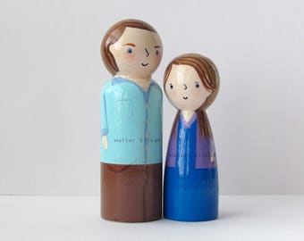 Personalized Peg Doll Couple - Made to Order / Unique Wooden Custom Made Couple Portrait Painted Peg Dolls Wooden Toys