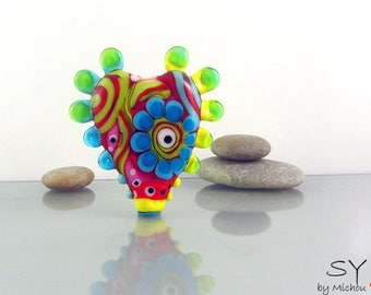 Flower Power  - 1 free shapped lampwork bead - it's a original  Michou Anderson Design (registered Label Sonic and Yoko )