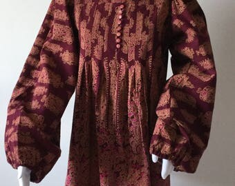 Vintage 1970s Bohemian Linen Tunic Blouse billowing Sleeves Pleats Aubergine Pink Woven Fabric